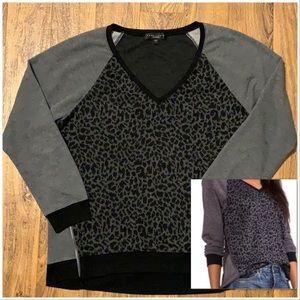 Sanctuary leopard print light weight sweater EUC
